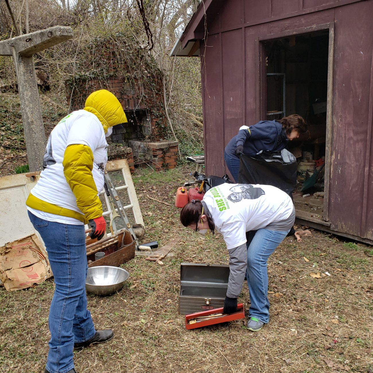 Female Construction Professionals Participating in Rebuilding Together